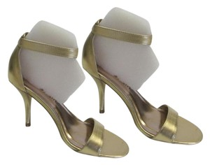 Madden Girl New Size 6.50 M Very Condition Gold Sandals
