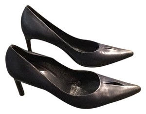 Helmut Lang Navy Pumps