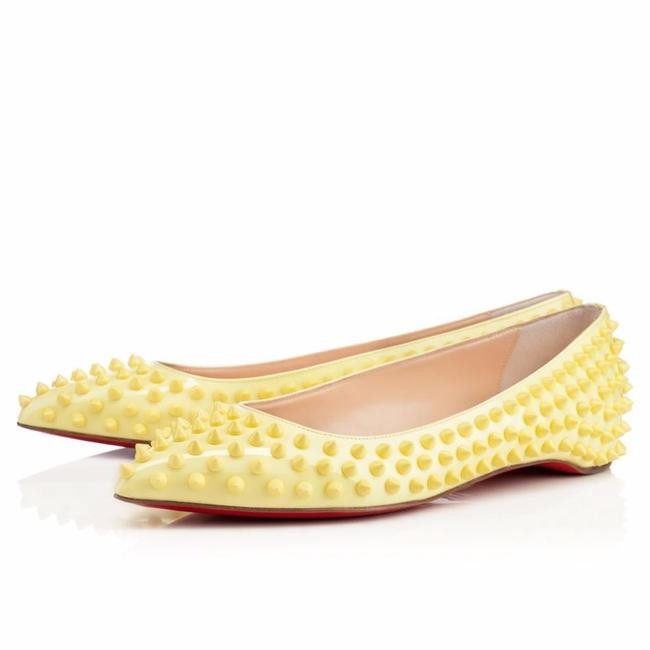 Item - Yellow Pigalle Spikes Patent Leather Ballerina Ballet 37 Flats Size US 7