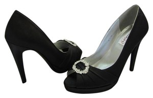 Dyeables Size 8.00 M Satin Rhinestones Very Good Condition Black Pumps