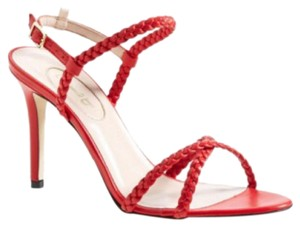 SJP red Pumps