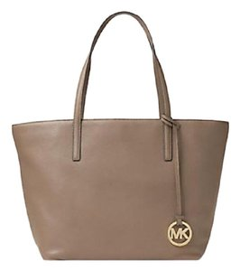Michael Kors Satchel Tote in Dark dune Gold