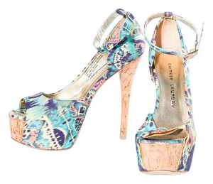 Chinese Laundry Hidden Platform Open Toe Multicolor Sandals