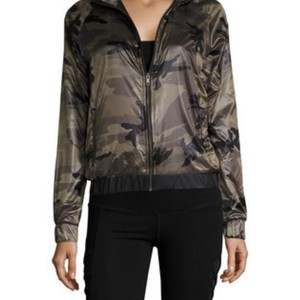 SOLOW so low camo jacket