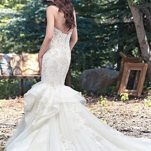 Maggie Sottero Starla Wedding Dress