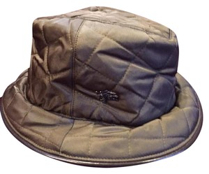 9a664f9e5 Green Burberry Hats - Up to 70% off at Tradesy
