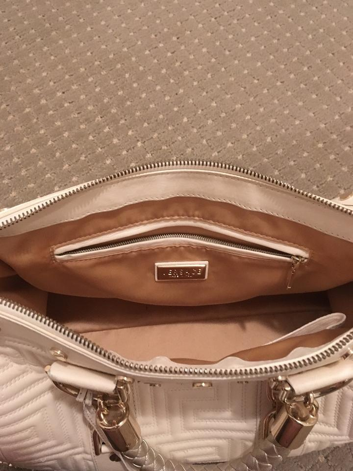 Versace Snap Out Of It Patent Leather Couture Like New Shoulder Bag Image  7. 12345678 2e7a4b338e65a