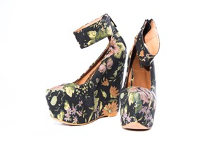 Matiko Floral Multicolor Black Wedges