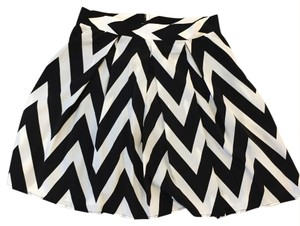 Buttons Mini Skirt black/white