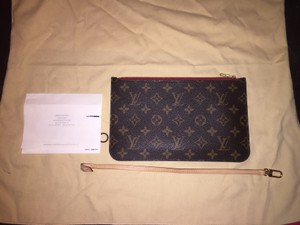 Louis Vuitton Monogram in red interior Clutch