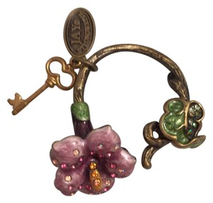 Jay Strongwater floral hook keychain