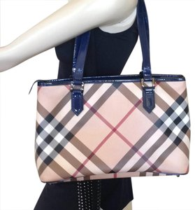 Burberry Tote in blue leather with nova check