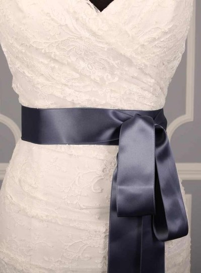 Williamsburg Blue Ribbon Sash Sashes
