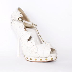 Alexander McQueen White Leather Gold Stud Peep Toe White, gold Pumps