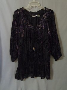 Peter Nygard Velvet Top black and purple multi