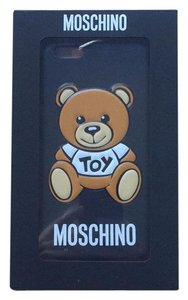 Moschino 6 plus mochino case