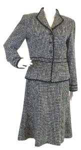 Talbots 2 piece skirt suit