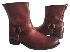 Frye redwood color Boots