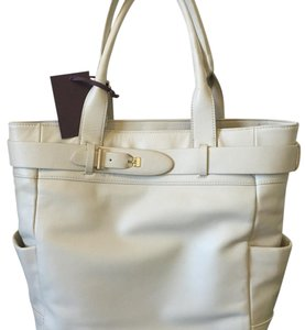 Etienne Aigner Tote in Ivory