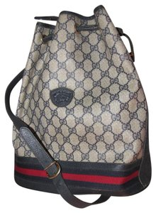 Gucci Drawstring Top Great Everyday Rare Early High-end Bohemian Cross Body Bag