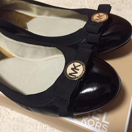 Michael Kors Black Mk Dixie Bow Tie With Patent Leather