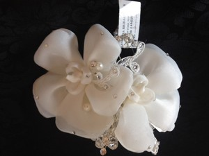 Ansonia Bridal Flower Hair Accessory