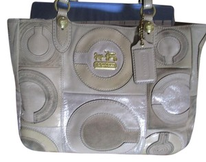 Coach Great Every Day Bag! Strong Made To Last Just Like You! Love It Buy It! Satchel in tan