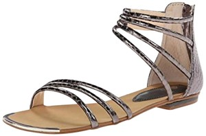 825599ec132 Isola Sandals - Up to 90% off at Tradesy