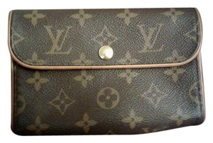 Louis Vuitton Fanny Pack Bum Clutch Monogram Wristlet in Brown