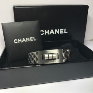Chanel CHANEL PYTHON Ultra Rare Bangle Bracelet Reissue Clasp in Gunmetal+Box