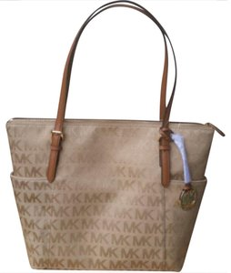 Michael Kors Top Zip Metallic Jet Se Item Jet Set Travel Tote in Carmel Gold