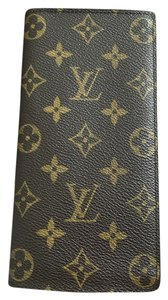 Louis Vuitton Brazza wallet