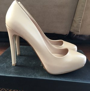 Charles by Charles David Nude Pumps