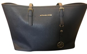 23b2c9f6d8ac Michael Kors Apple Large Leather Tote in Navy