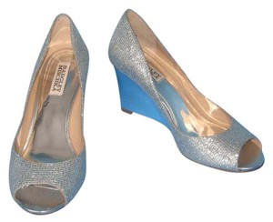 Badgley Mischka Peep Toe Silver Glitter Wedges