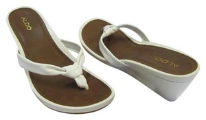 ALDO Size 10.50 M Leather Very Good Condition White Sandals
