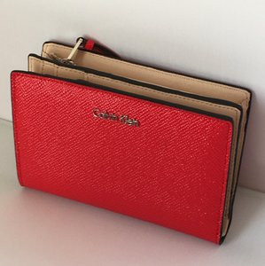 Calvin Klein Calvin Klein womens saffiano leather Galey clutch