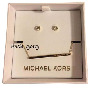 Michael Kors Michael Kors Gold Necklace Stud Earring Set