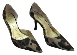 AK Anne Klein Size 6.50 M Camouflage Design Very Good Condition Black, Brown, Neutral, Pumps
