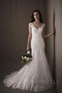 Adrianna Papell 31018 Wedding Dress