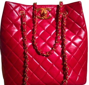 Chanel Tote in lipstick red