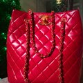 Chanel Tote in lipstick red Image 2