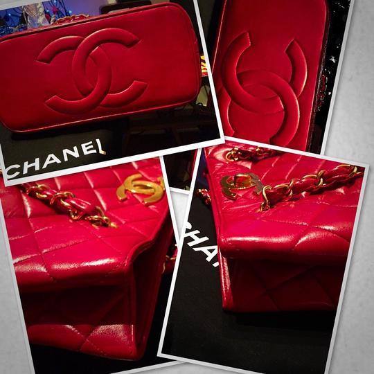 Chanel Tote in lipstick red Image 6
