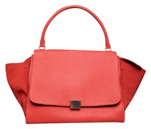 Céline Vermillion Pebbled Leather Calfskin Trapeze Drummed Satchel in Red