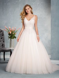 Alfred Angelo 2624 Wedding Dress