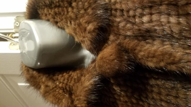Knitted Mink 4 Clasps Closure Pom Pom Ball New Never Worn Fur Coat Image 2