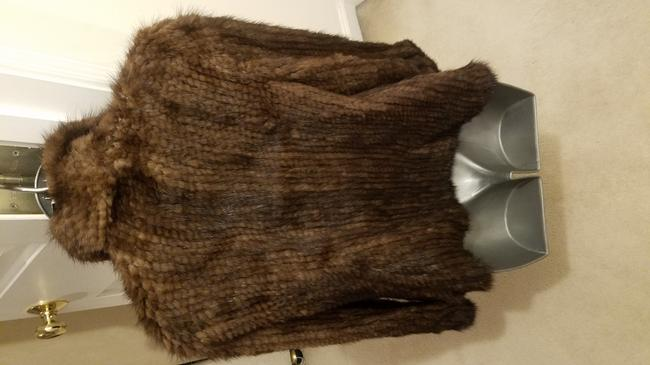 Knitted Mink 4 Clasps Closure Pom Pom Ball New Never Worn Fur Coat Image 5