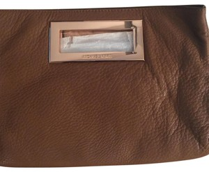 Michael Kors tan Clutch