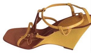 Louis Vuitton mustard brown Wedges