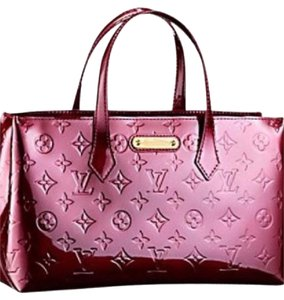 Louis Vuitton Patent Vernis Tote in ROUGE FAUVIST